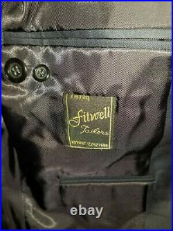 Genuine Italian Fabric 2-Piece Navy Blue Suit Jacket Pants Great Condition