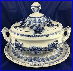 Italian Capodimonte Style Della Robbia Blue & White 3 Piece Soup Tureen Set Euc