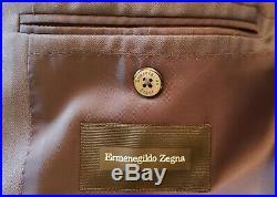 Men's Ermenegildo Zegna Wool and Silk Two Piece Milano Suit Size 48 Italian