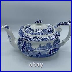 SALE Copeland Spodes Italian Teapot. Stunning Piece! 6.25 Tall